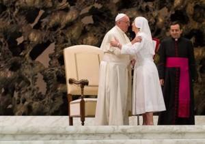 Papa Francesco e Suor Sara