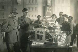 i-soldati-ospiti-del-de-merode-preparano-scaldaranci-per-il-fronte